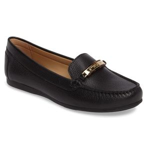 Michael Kors 10 NADIA Black Leather  Flat Loafer